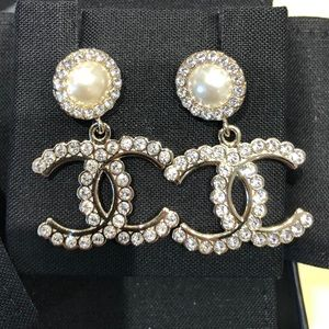 Authentic Chanel pearl dangle crystal CC earrings